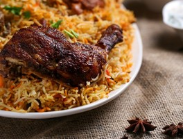 Thumb biriyani chicken cooked